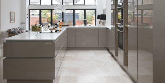 طراحی آشپزخانه L شکل یا U شکل
